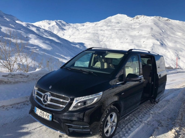 Chauffeur Services in Courcheval
